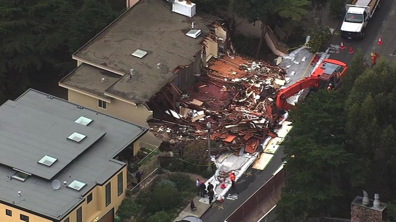 multimillion dollar home in San Francisco demolished due to landslide
