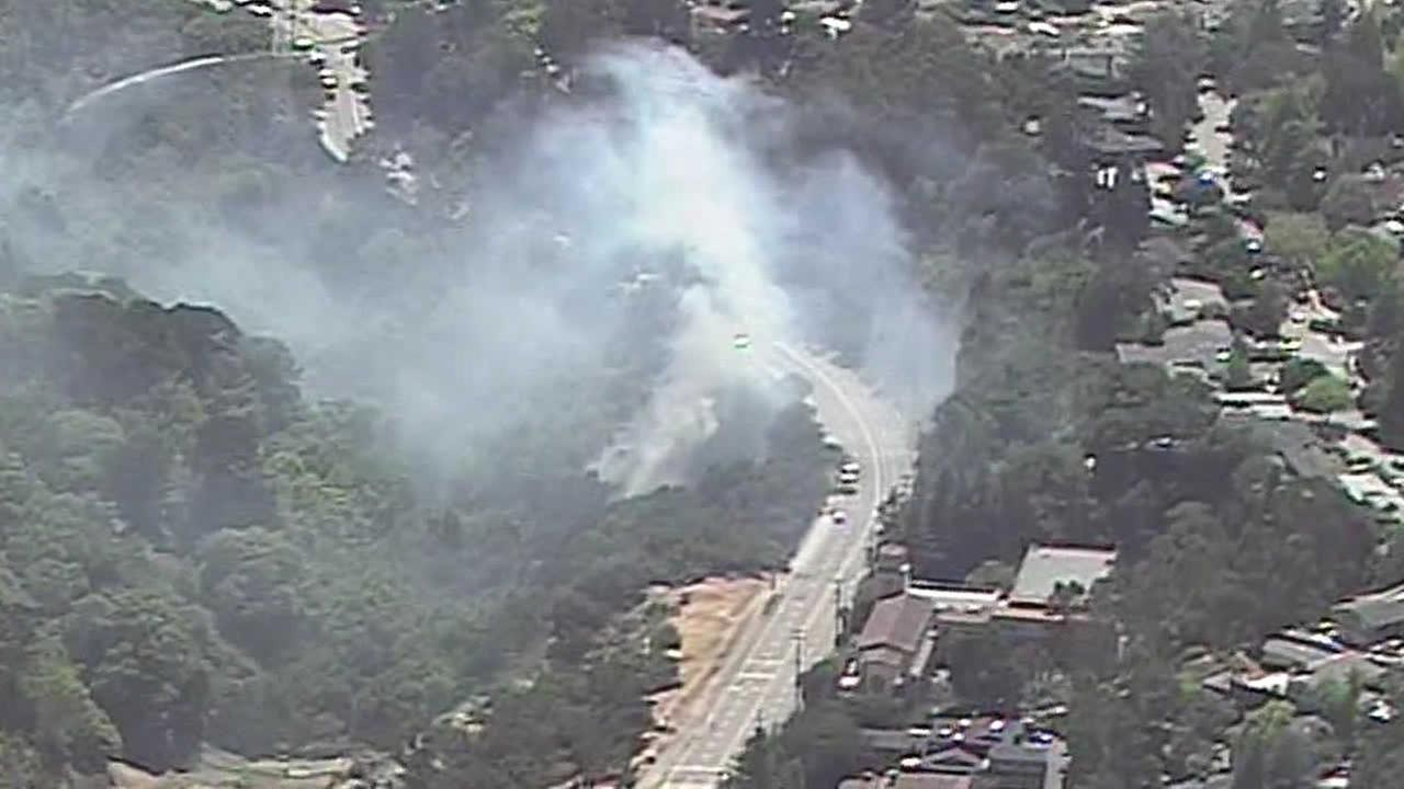 Fire in Dimond Canyon Park in Oakland