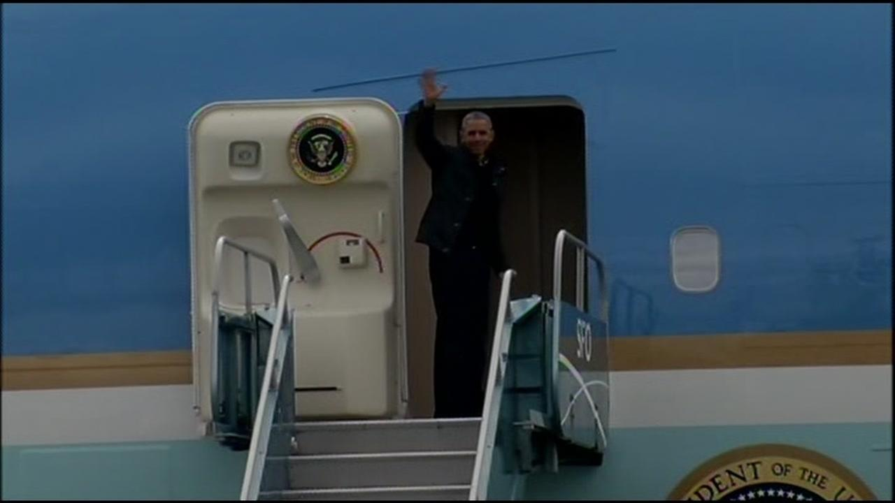 President Obama boarded Air Force One at the San Francisco International Airport as he concluded his brief Bay Area visit April 9, 2016.