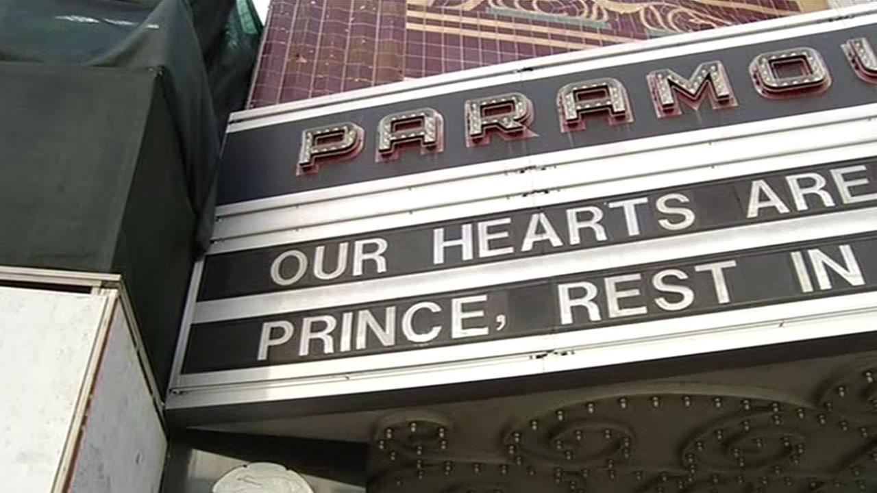 This image shows a tribute sign to the legendary musician Prince outside of Oakland, Calif.s Paramount Theater April 21, 2016, one of the last places he played in the Bay Area.