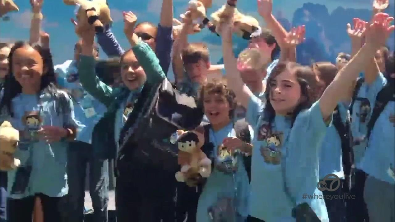 Kids learn how to code at Salesforce event in SF