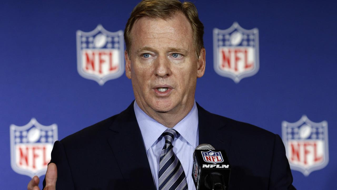 NFL commissioner Roger Goodell answers reporters questions at the NFL owners meeting in Charlotte N.C., Tuesday, May 24, 2016. (AP Photo/Bob Leverone)