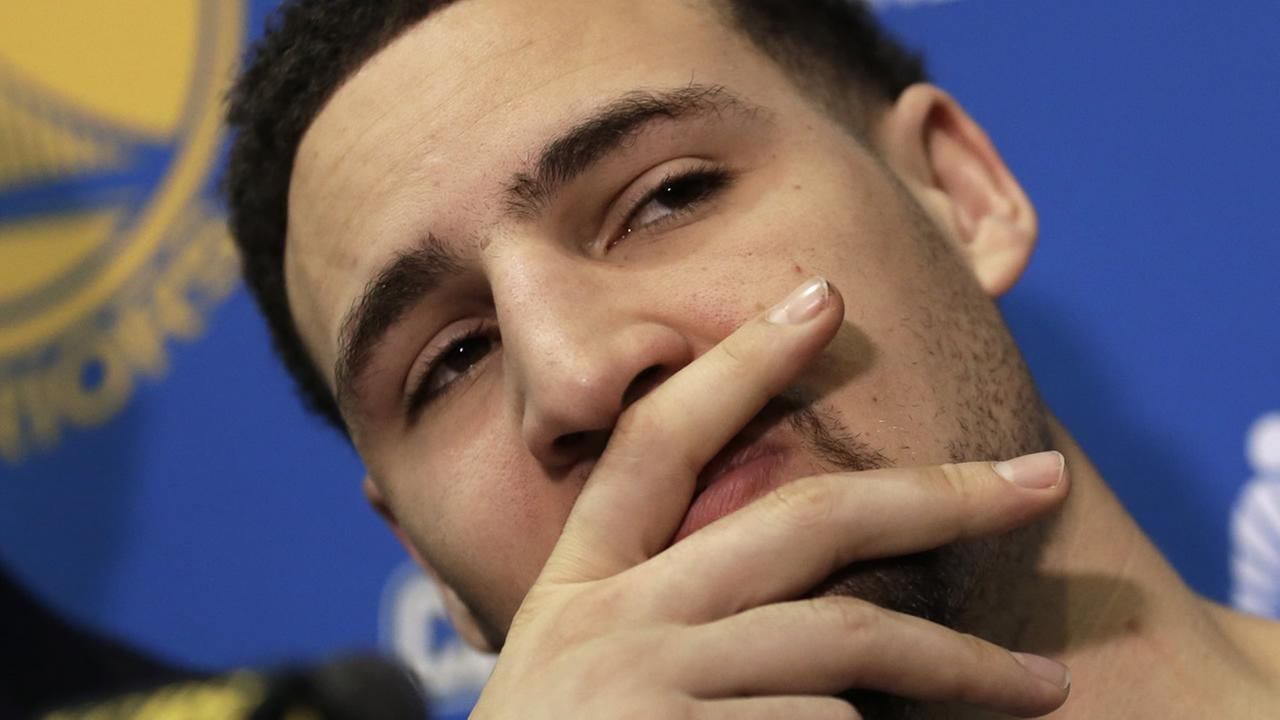 Golden State Warriors Klay Thompson gestures during a news conference Monday, June 20, 2016, in Oakland, Calif.  (AP Photo/Ben Margot)