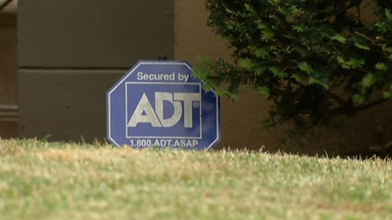 This is shaping up to be a big year for door to door scams. One of the biggest targets is homes that have an alarm system.