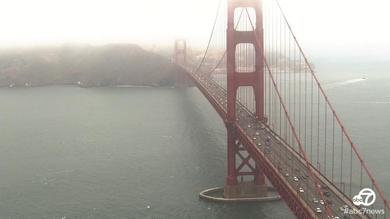 Video from SKY7 HD shows foggy Golden Gate Bridge