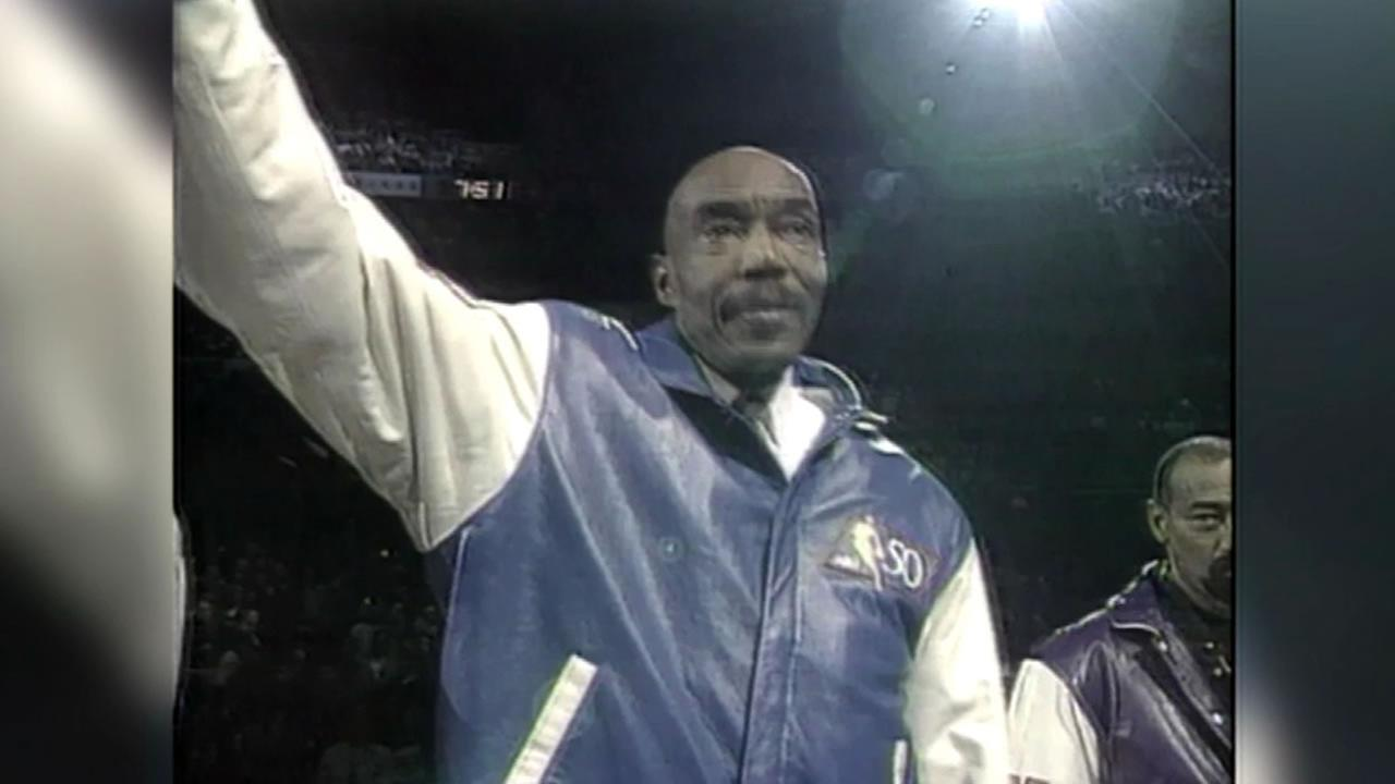 This image shows Warriors Hall of Famer Nate Thurmond.