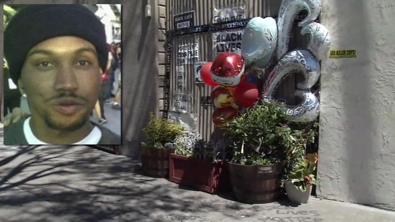 This image shows a memorial for Mario Woods on what would have been his 27th birthday on July 22, 2016 in San Francisco.