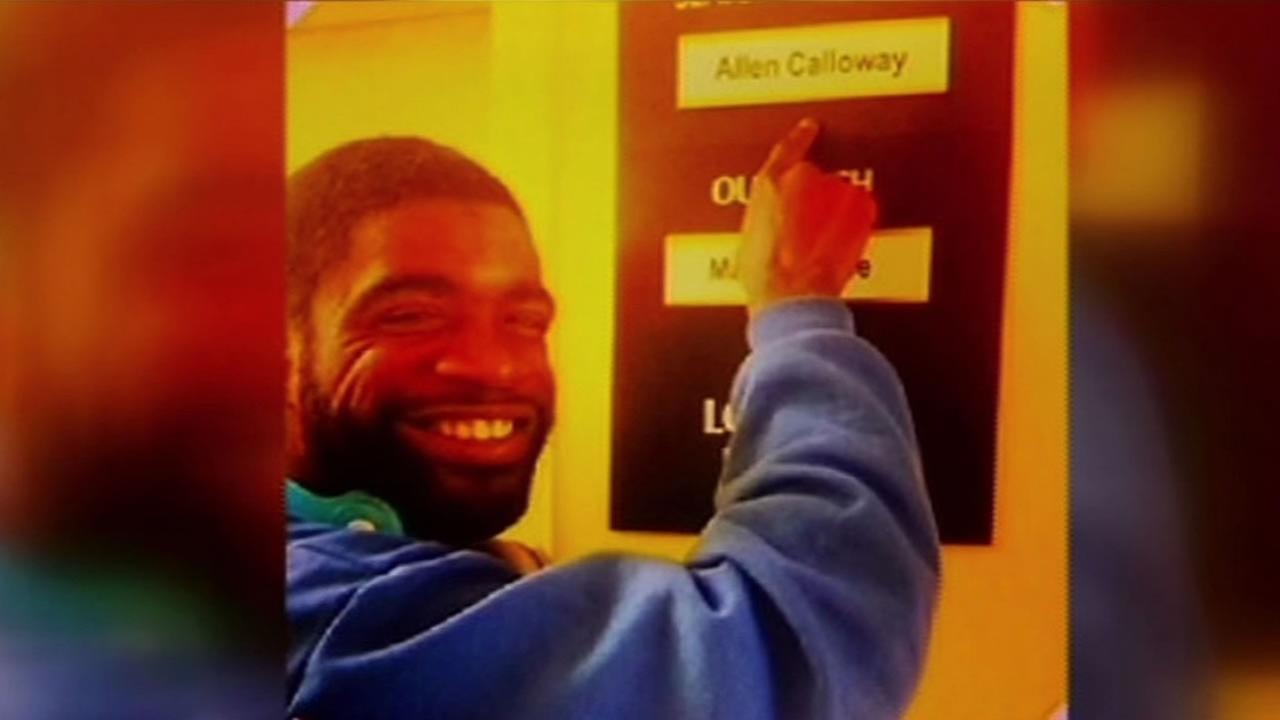 The San Francisco Police Department is looking for clues in the shooting that took the life of popular youth counselor Allen Calloway.