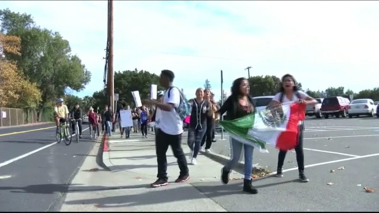 This image shows anti-Trump student protesters marching to an East Bay school on November 10, 2016.
