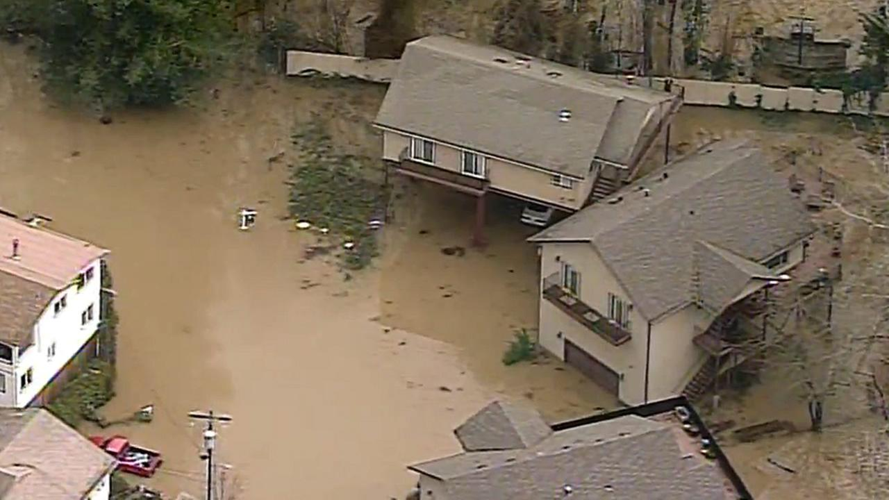 Homes are seen flooded along the Russian River in Guernville,Calif. on Monday, January 9, 2017.KGO-TV