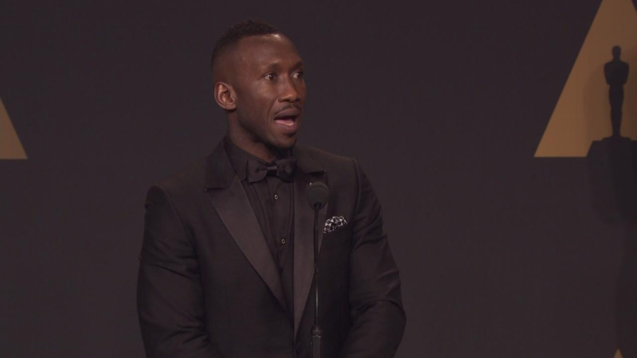 Best Supporting Actor winner Mahershala Ali addresses questions in the Oscar press room on Feb. 27, 2017.