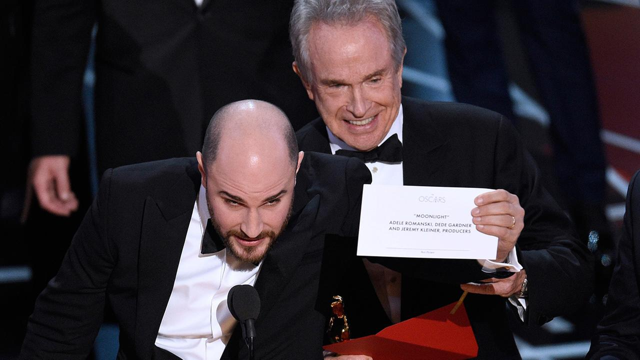 Jordan Horowitz, producer of La La Land, shows the envelope revealing Moonlight as the true winner of best picture at the Oscars on Sunday, Feb. 26, 2017.