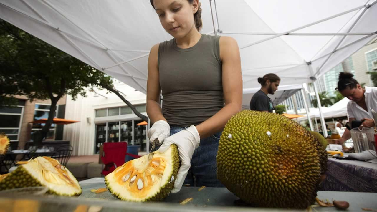Health officials: Jackfruit may tempt you towards a plant-based diet