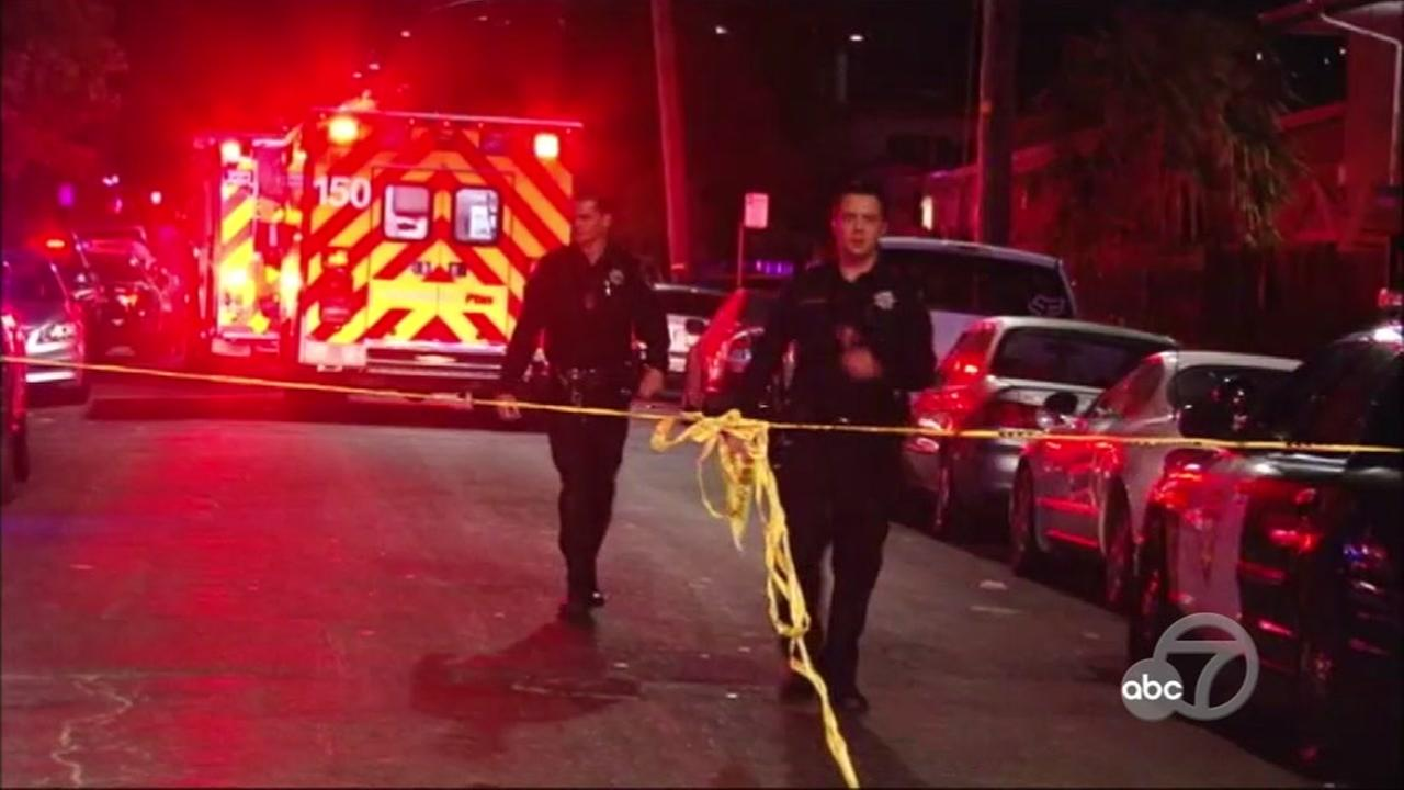 Two killed after shooting in East Oakland, police investigating
