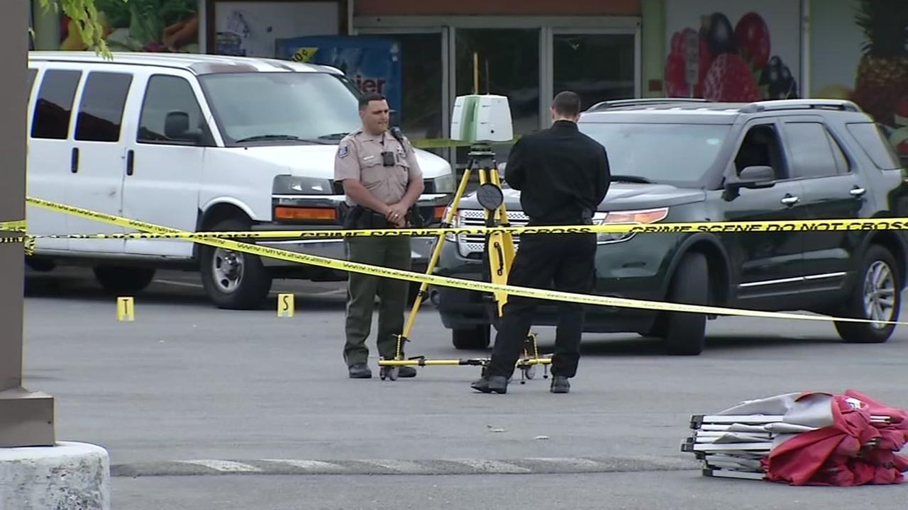 Deadly shooting at Sunnyvale strip mall leaves 1 dead, 1 critical