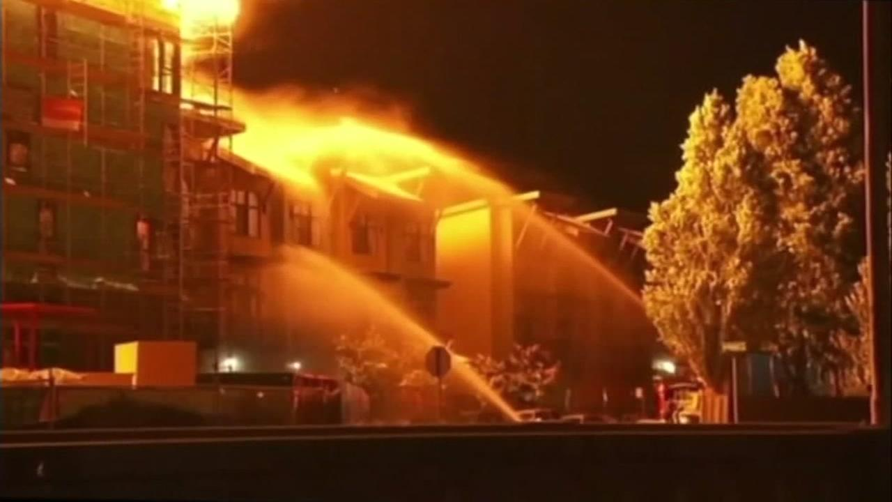 This is an image of a fire that broke out in Emeryville, Calif. in 2017.