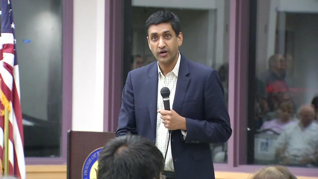 Ro Khanna addresses constituents at a town hall meeting in San Jose, Calif. on Wednesday, Aug. 23, 2017.