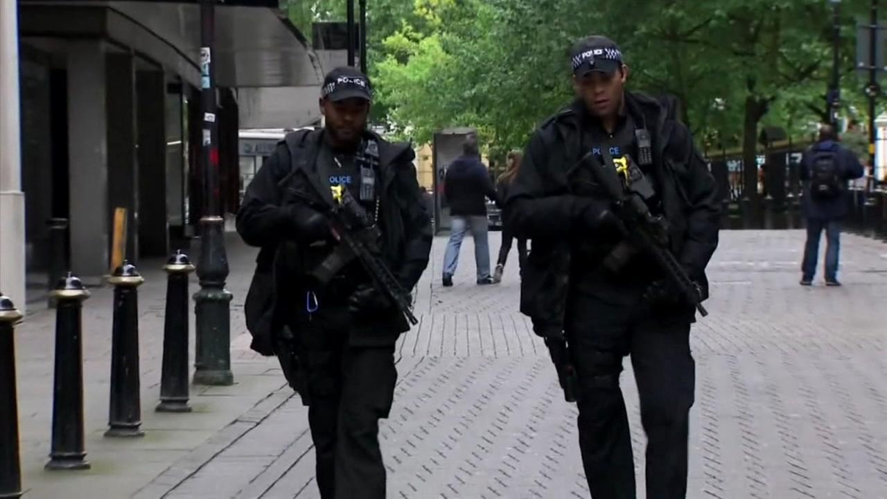 Evacuations ordered after significant arrest made in London terror attack