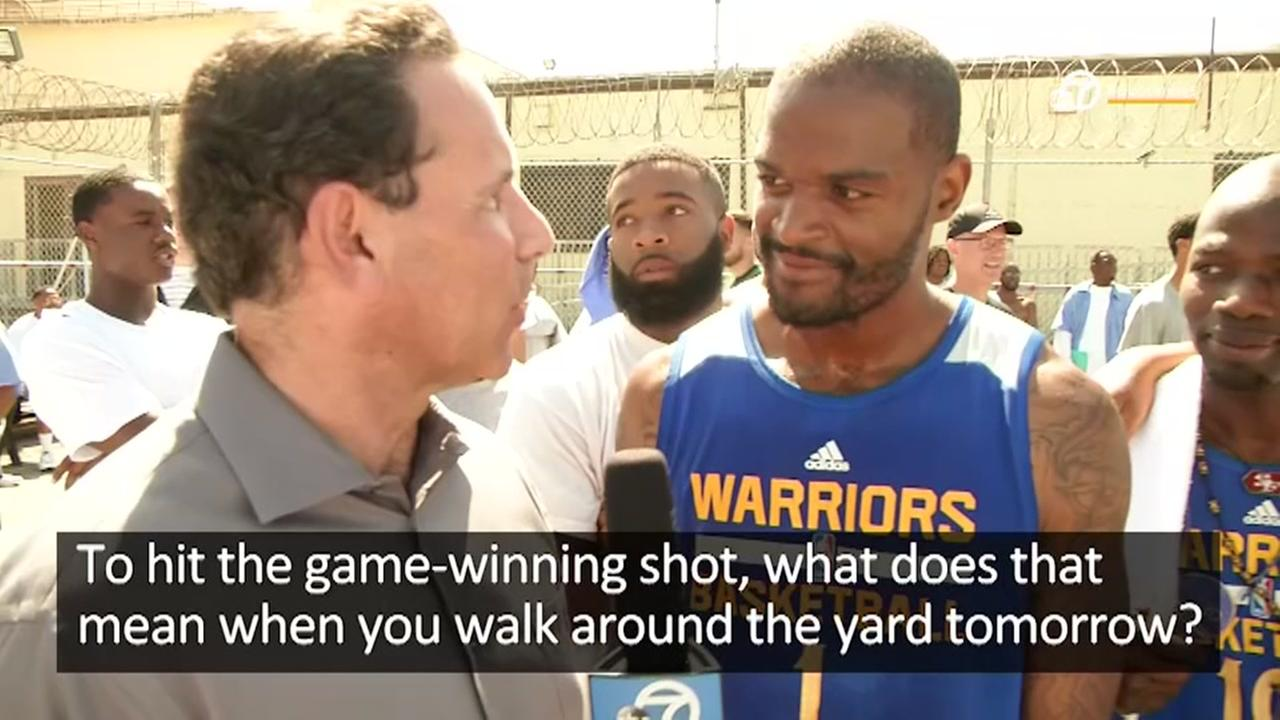 VIDEO: San Quentin inmate shows off basketball skills against Warriors GM