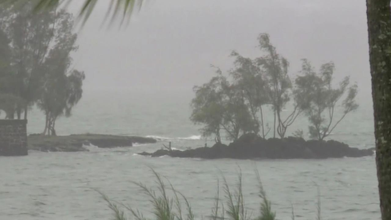 Hurricane Iselle hits Hawaii