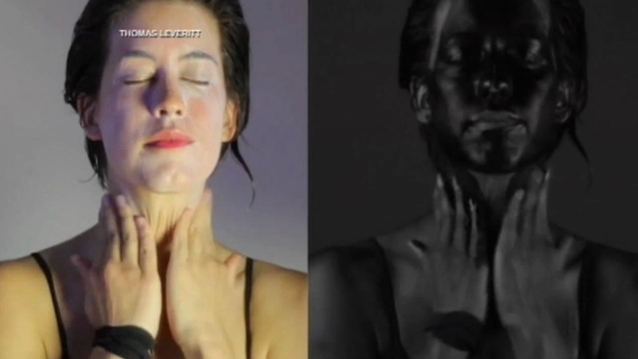 A special UV camera shows how applying sunscreen helps protect you from harmful sun rays.