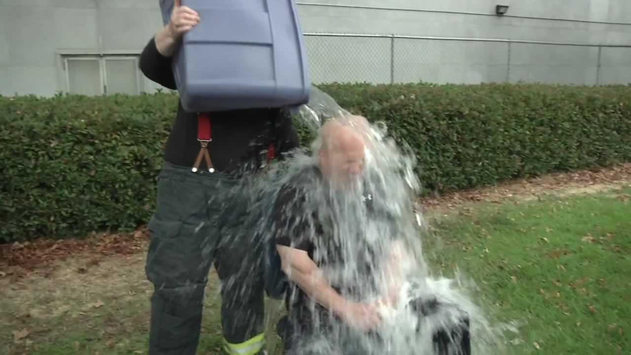 The Ice Bucket Challenge has reached San Franciscos top safety officials.