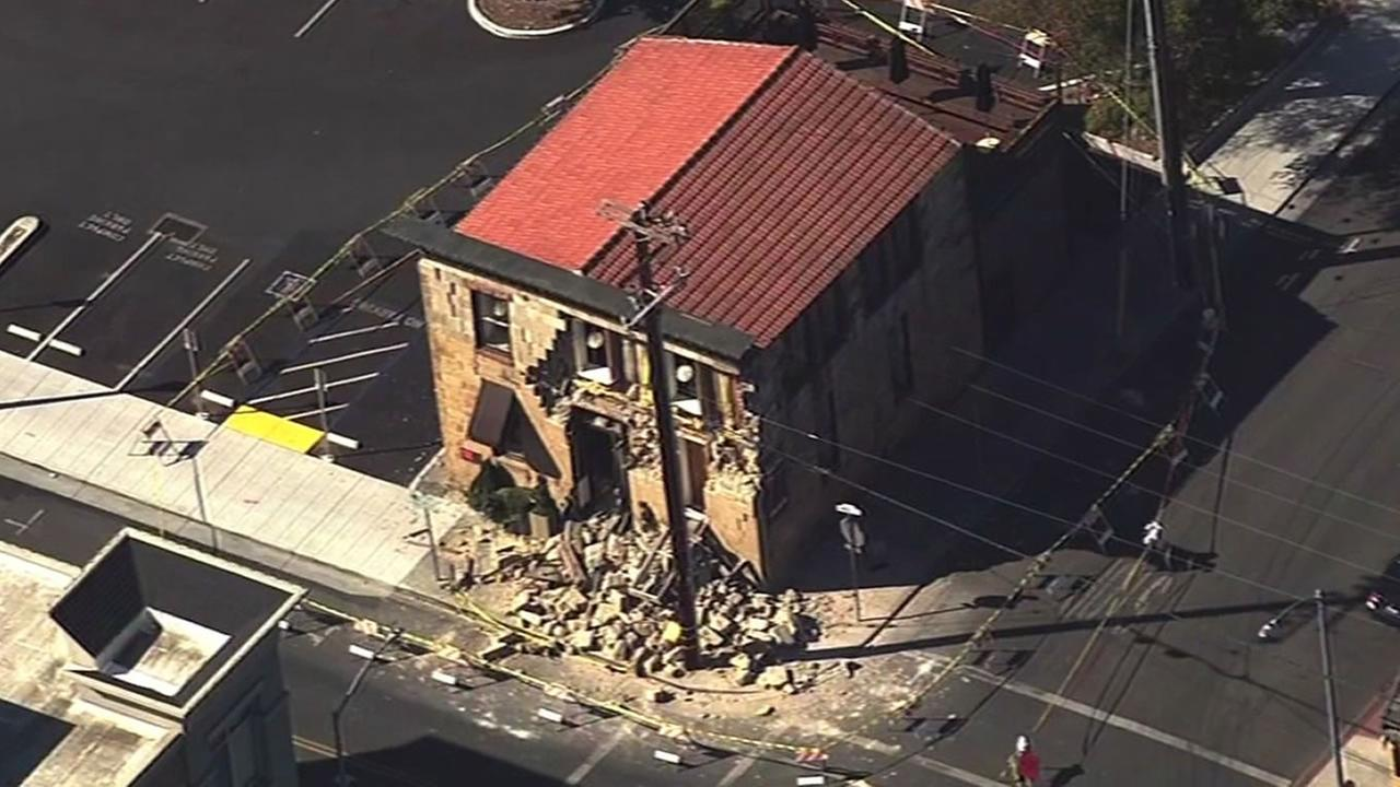 Sam Kee Laundry building in Napa damaged after earthquake