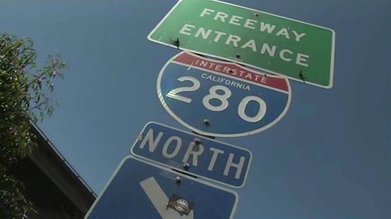 Northbound 280 from 101 to King Street in San Francisco is closed for construction work.