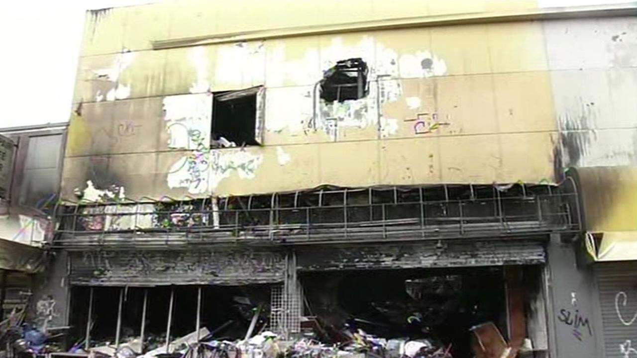 San Francisco building inspecters say the wholesale business destroyed in Thursdays fire must be torn down