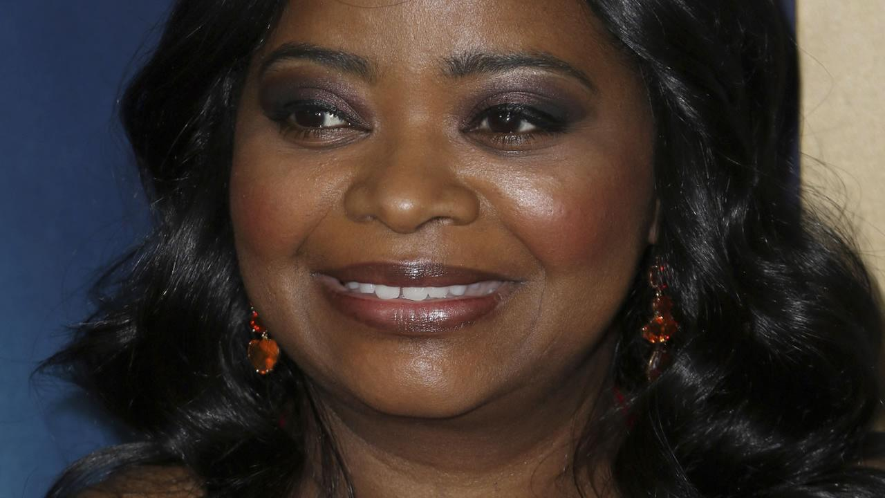 Academy Award winner Octavia Spencer arrives at the Academy of Motion Pictures, Arts and Sciences on Wednesday, Nov. 15, 2017, in Beverly Hills, Calif. (AP photo)