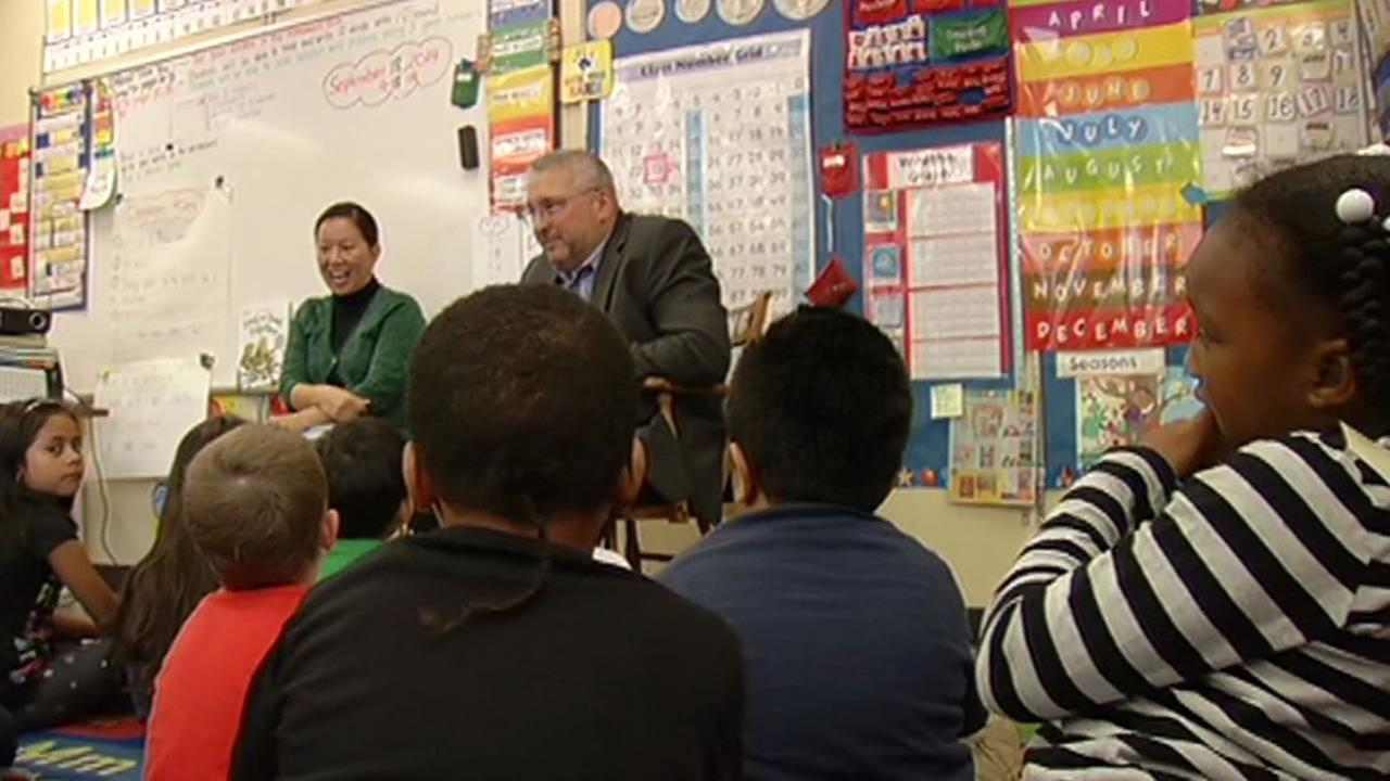 Xooms CEO John Kunze went to Junipero Serra Elementary school on Thursday. Xoom is one of 20 tech companies teaming up to provide San Francisco schools with supplies and support.