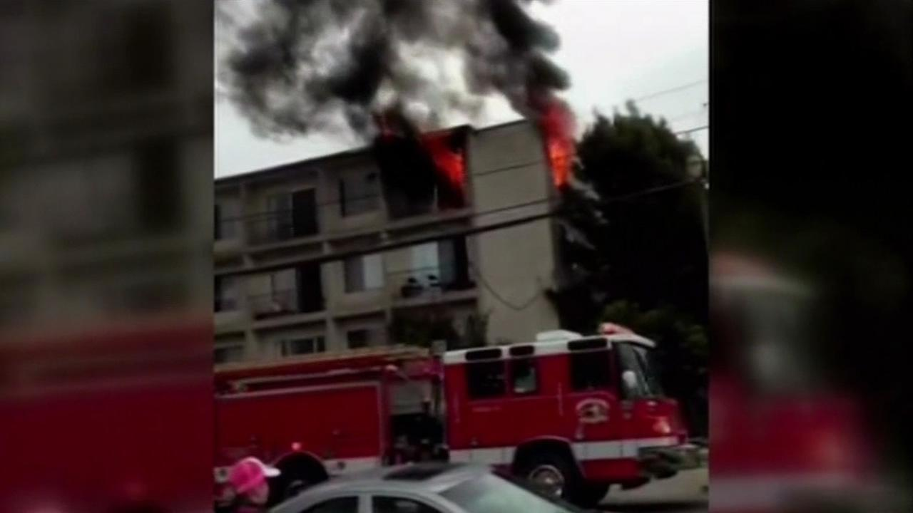 Alameda apartment fire