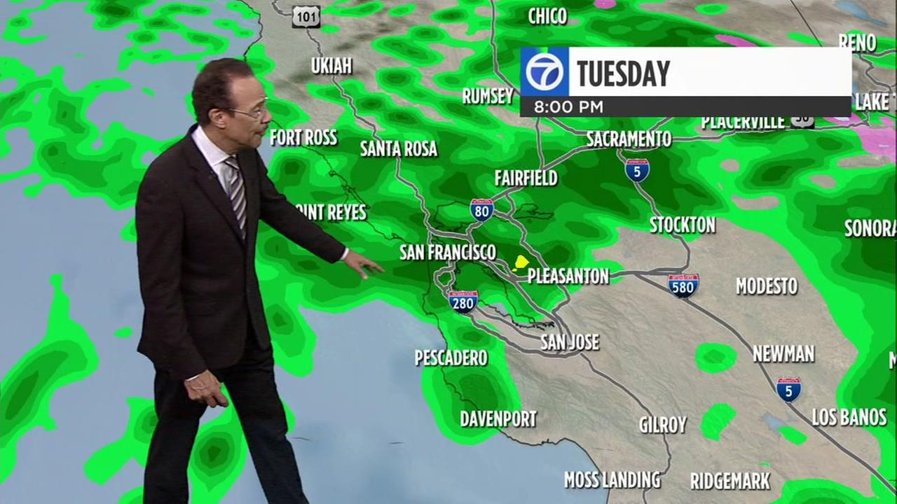 AccuWeather Forecast: Rain and wind whip through Bay Area
