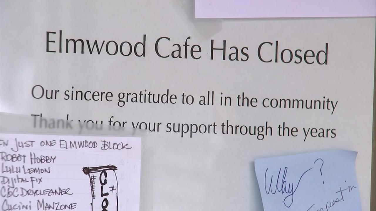 Notes are seen on the door of the closed Elmwood Cafe in Berkeley, Calif. on Sunday, April 29, 2018.