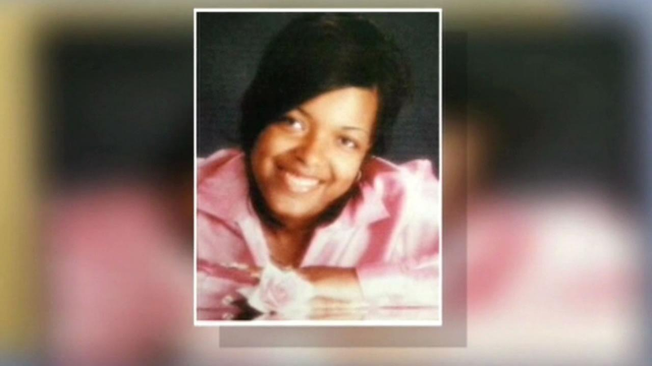 Health officials in Ohio are monitoring more than 100 people following the visit by a Dallas nurse, Amber Vinson, who tested positive for Ebola.