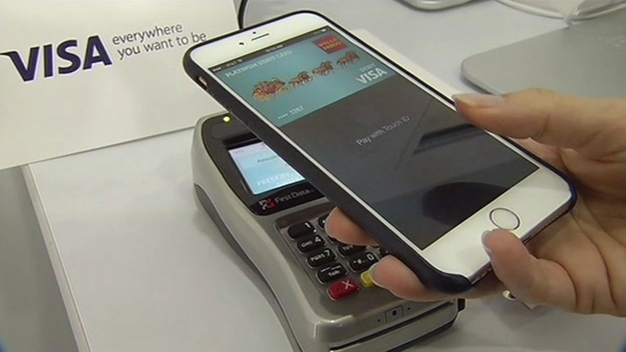 Apple Pay works with the new iPhones