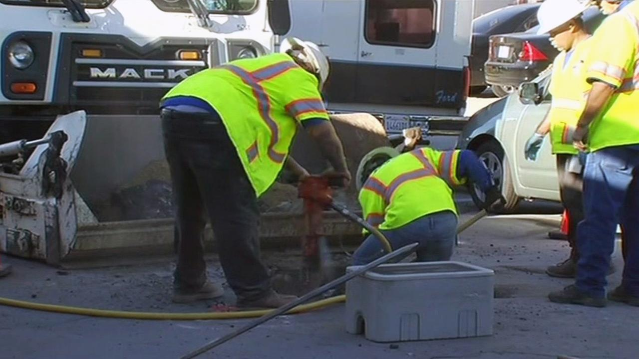 Crews fix San Jose water main