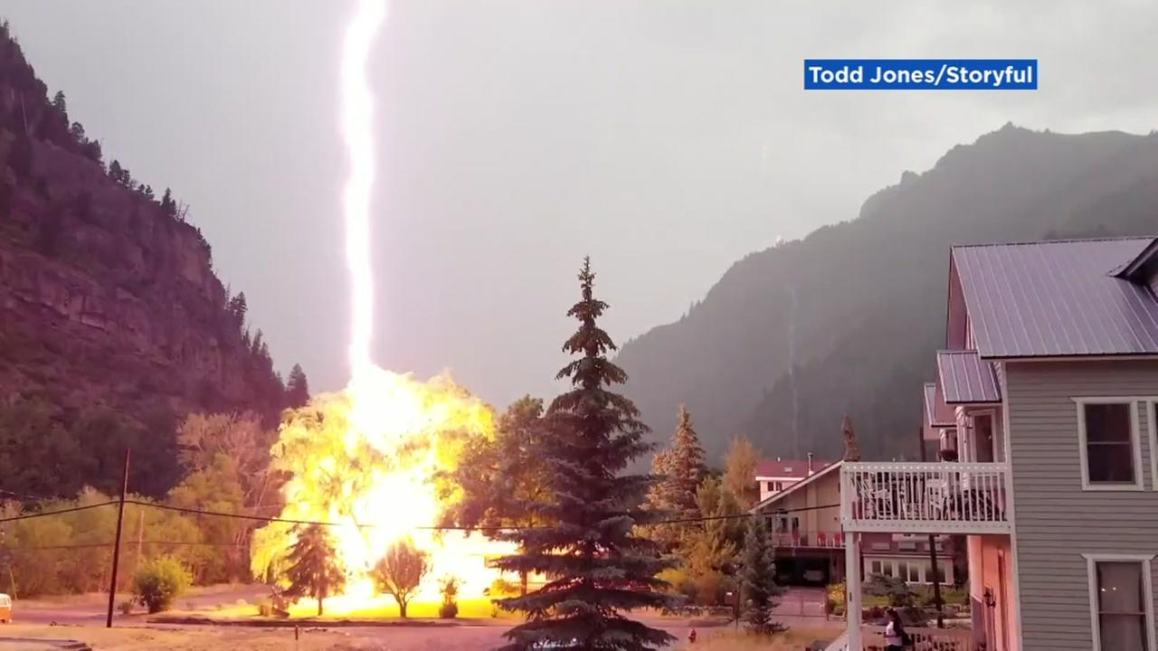 VIDEO Bolts Of Lightning Electrify Colorado Neighborhood