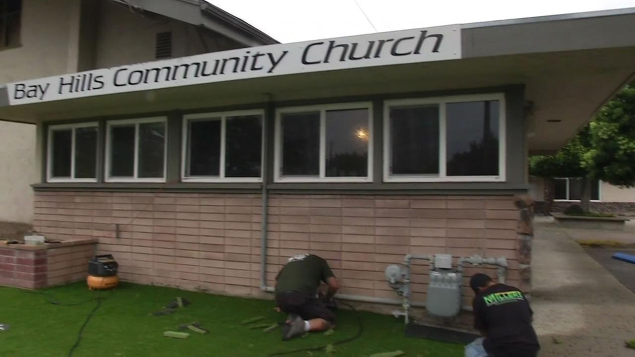 The green carpet was rolled out Thursday at the Bay Hills Community Church in Hayward.