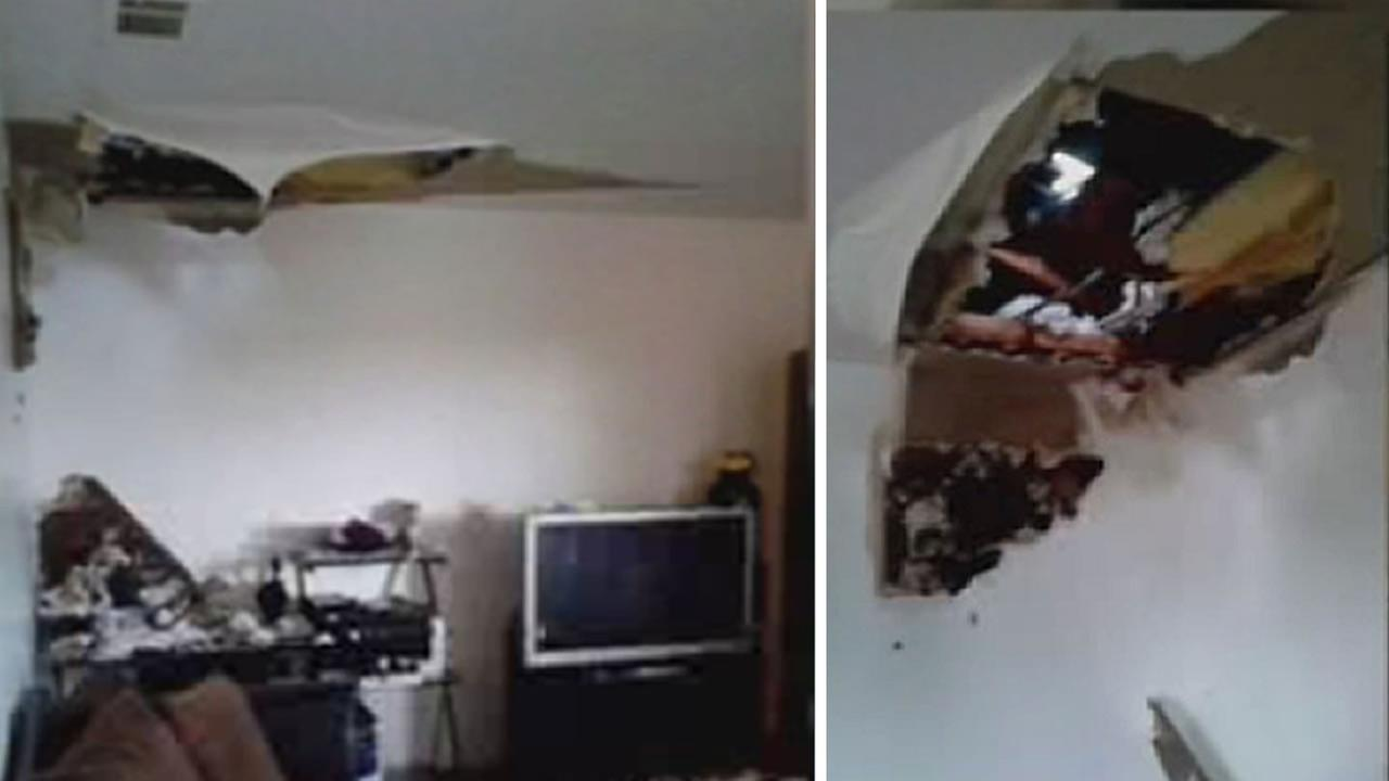 Roof collapses on family in Antioch home