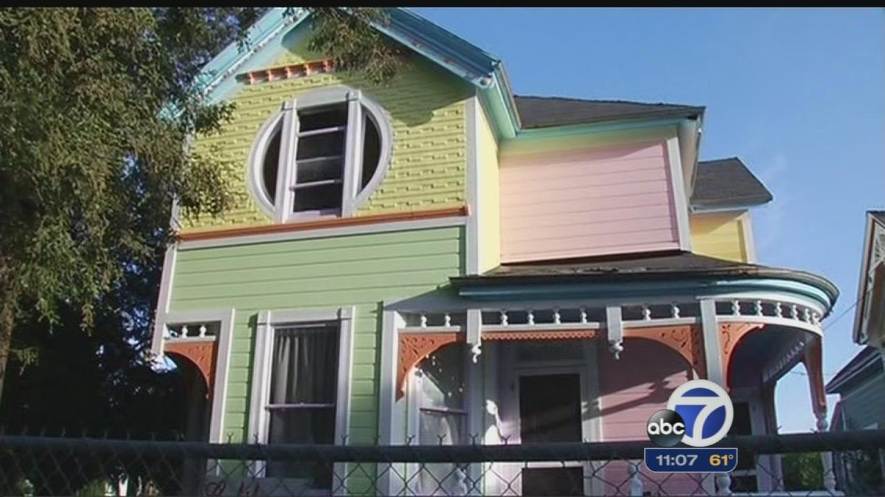Neighbors dispute Up house in Santa Clara