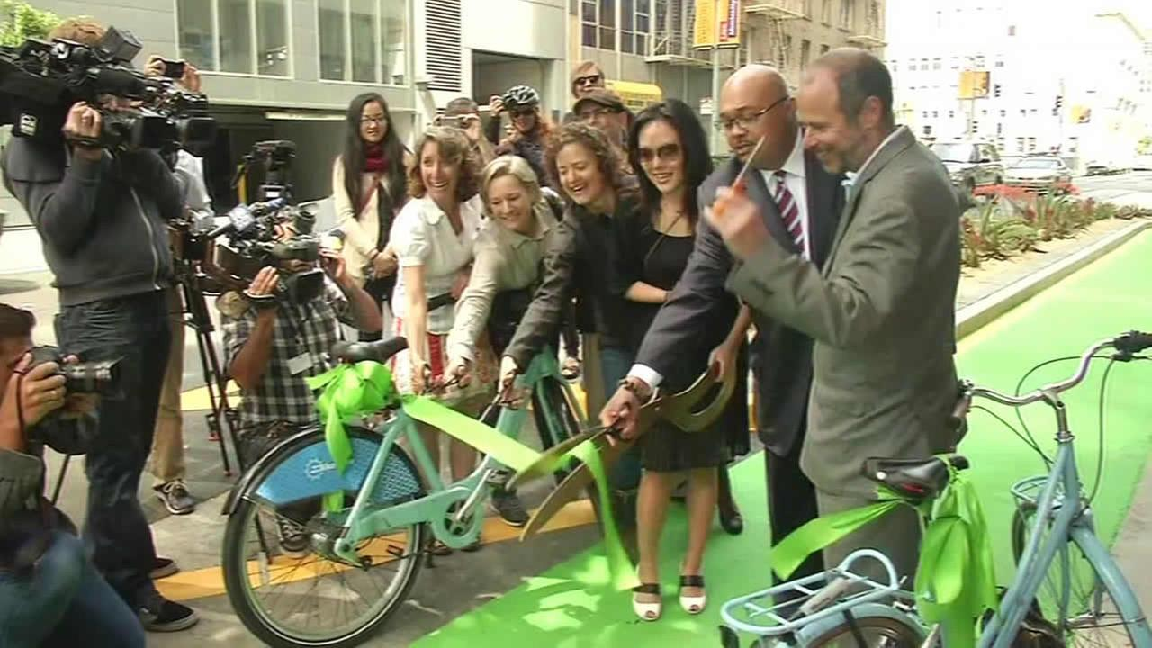 City leaders and bike advocates kicked off Bike Month with an opening of a new bike lane in San Francisco on Friday.