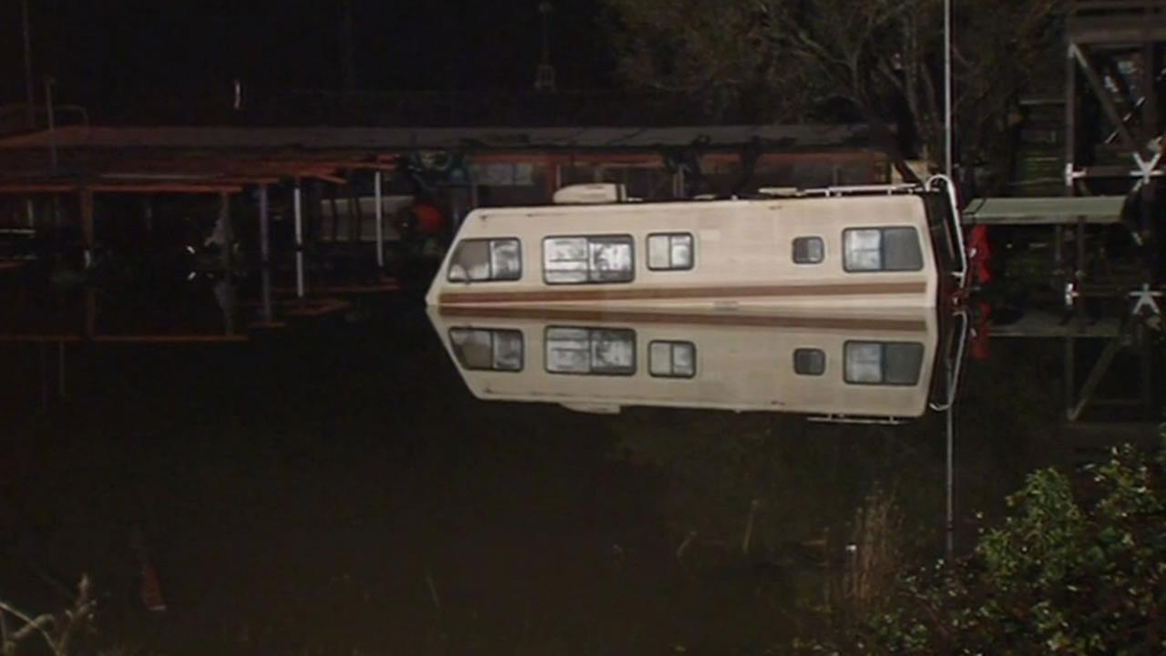 Couple had moments to escape Russian River flooding