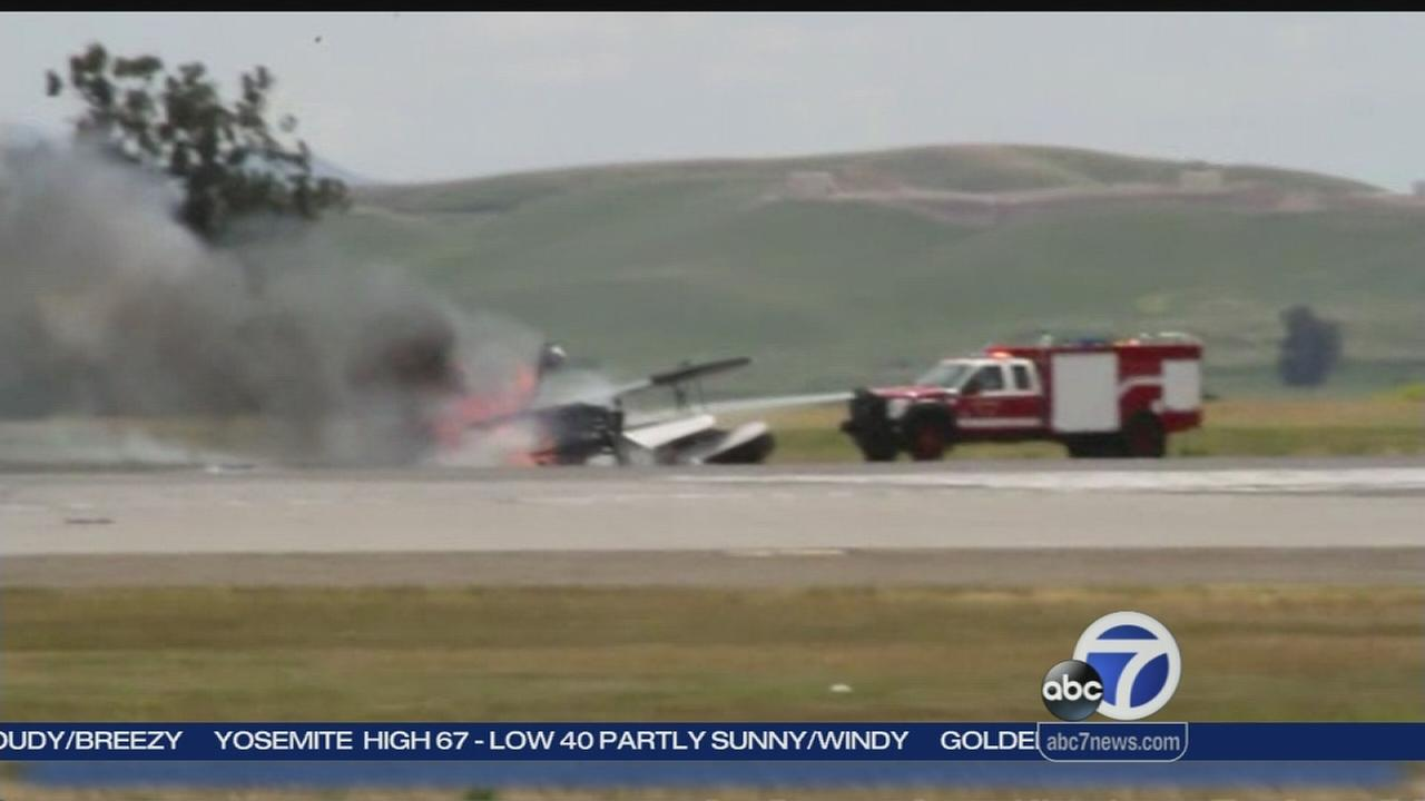 Pilot dies in show at Travis Air Force Base