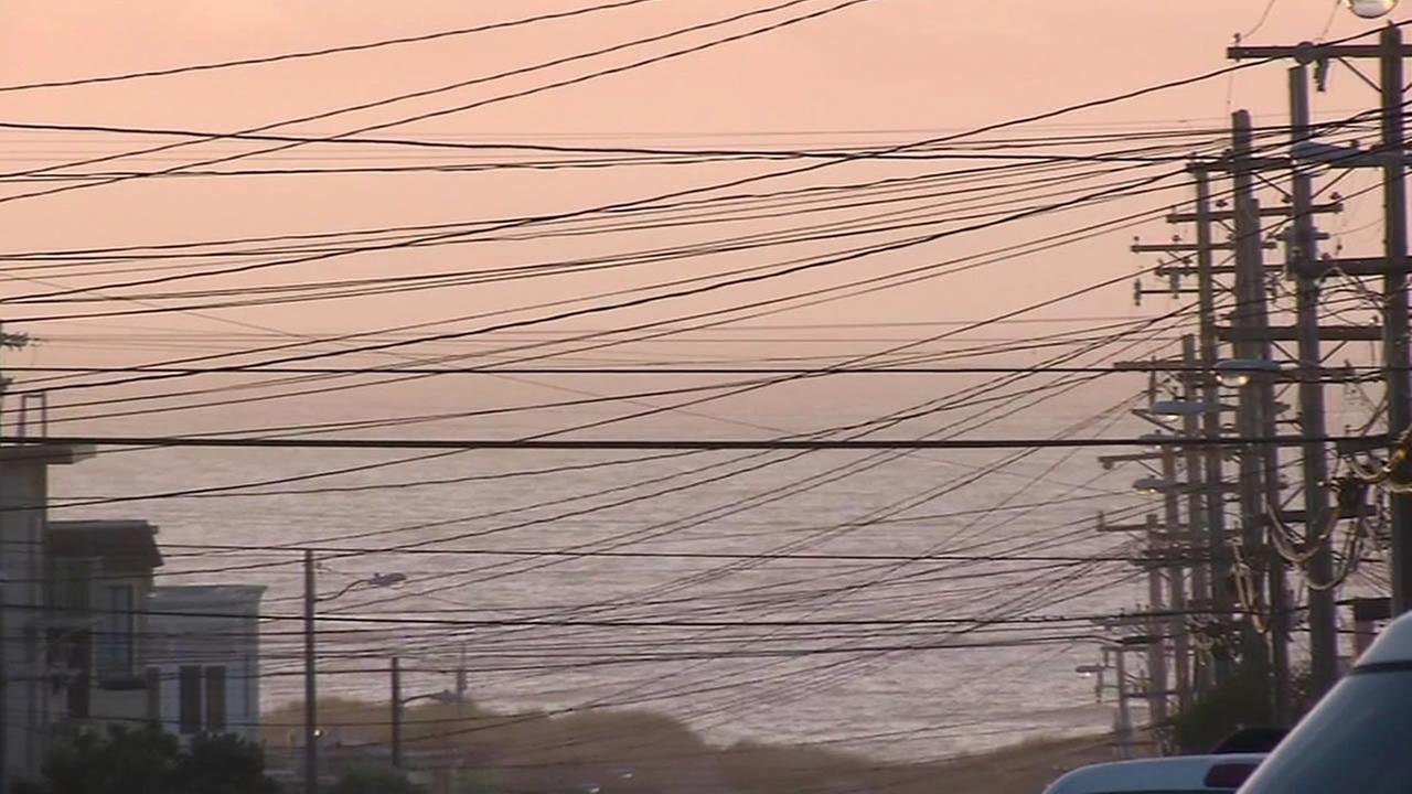 Overhead wires line the streets in San Franciscos Sunset District