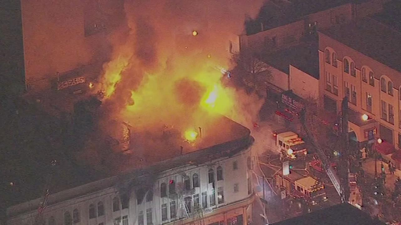building on fire at Mission and 22nd streets in San Francisco