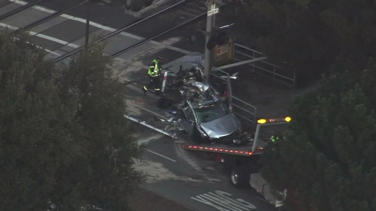 car smashed by Caltrain in Menlo Park