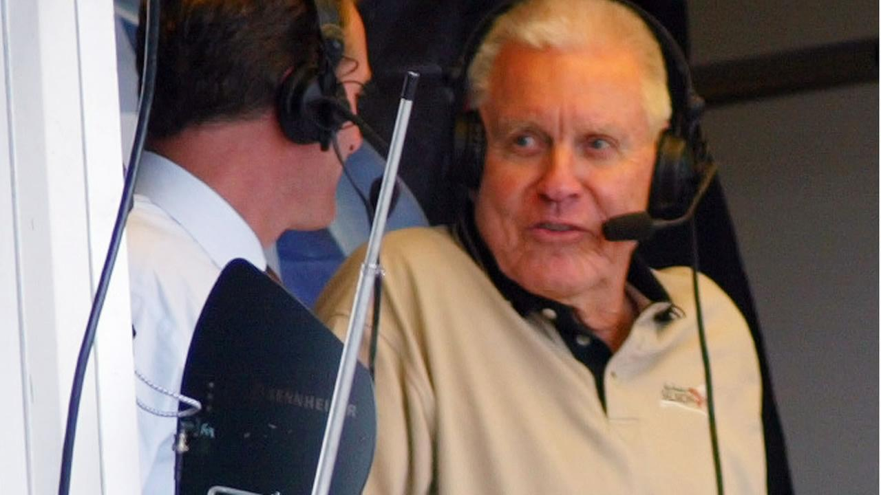 FILE - In this Sept. 28, 2002, file photo, Lon Simmons makes an appearance in the broadcast booth during the 8th inning of a Giants game in San Francisco. (AP Photo)