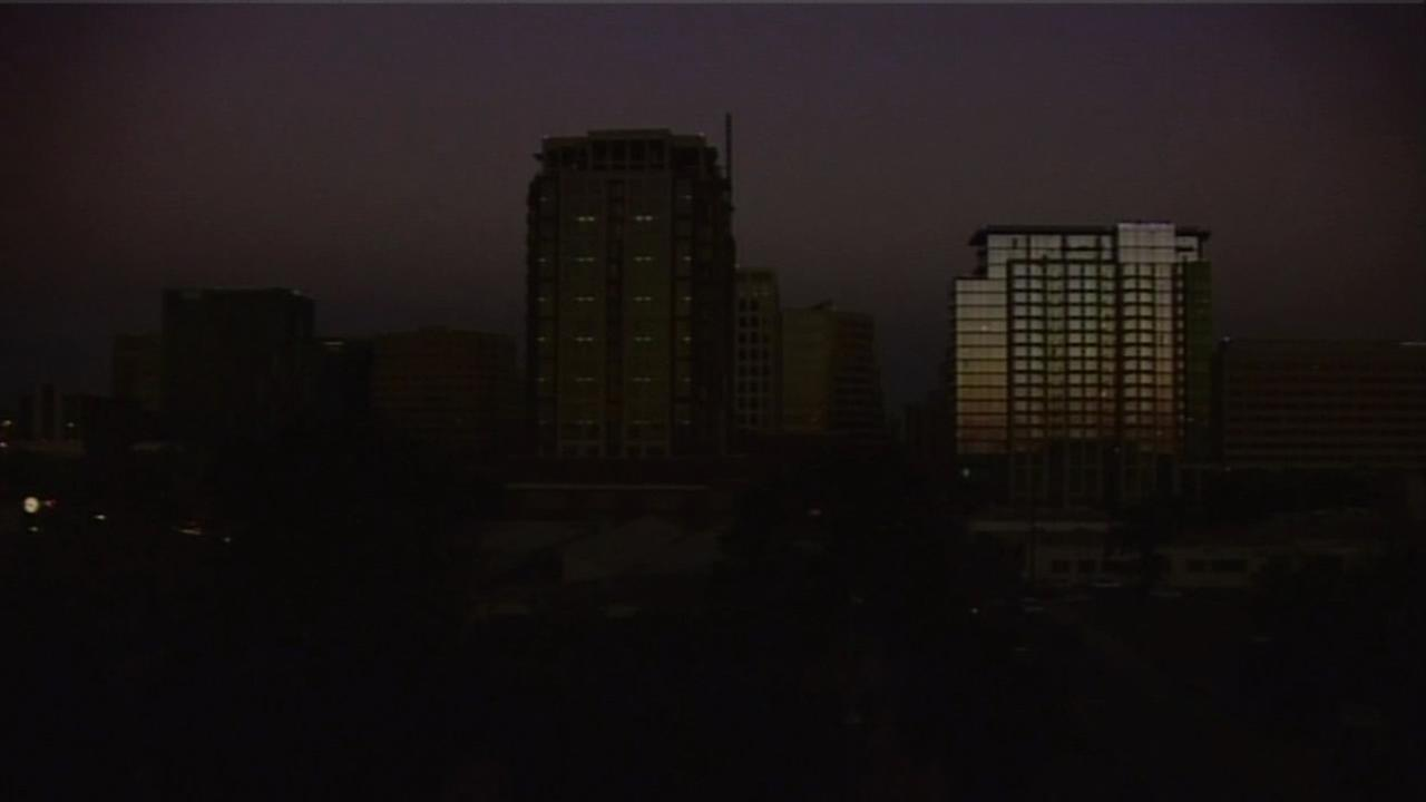 Time lapse video showed the power outage creating a blackout in San Jose as the sun sets.