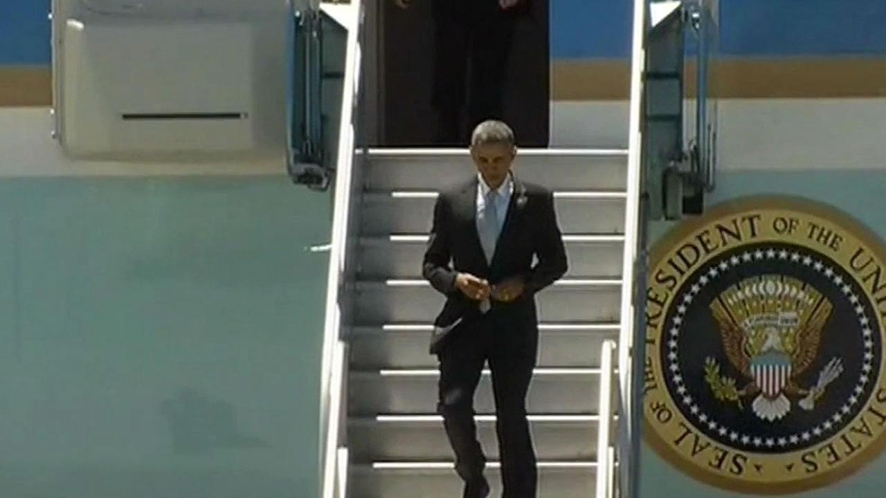 President Barack Obama lands in the Bay Area